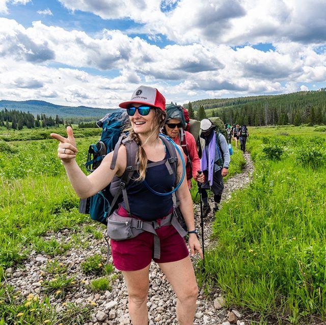   📸 @raskchelk  #backcountryyoga #breatheoutside #forceofnature #stretch #yellowstone2019 #yellowstone #backcountry #optoutside #breatheout #breatheinbreatheout #yoga #yogaoutside #gooutside #getoutside #hiking #backpacking #lifeoutside
