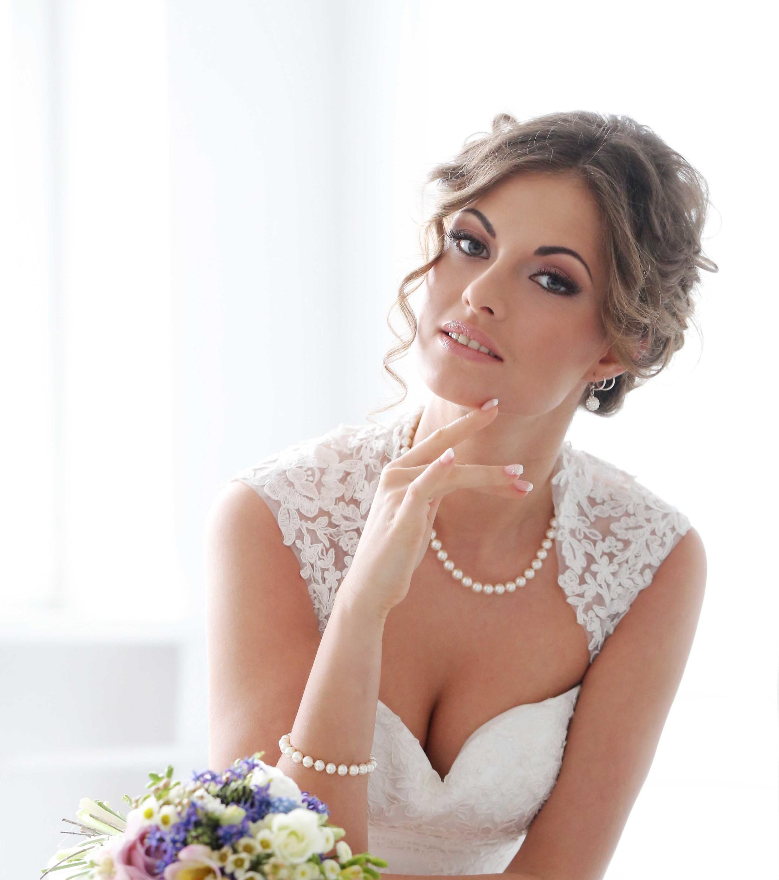 WeddingModel1.jpg