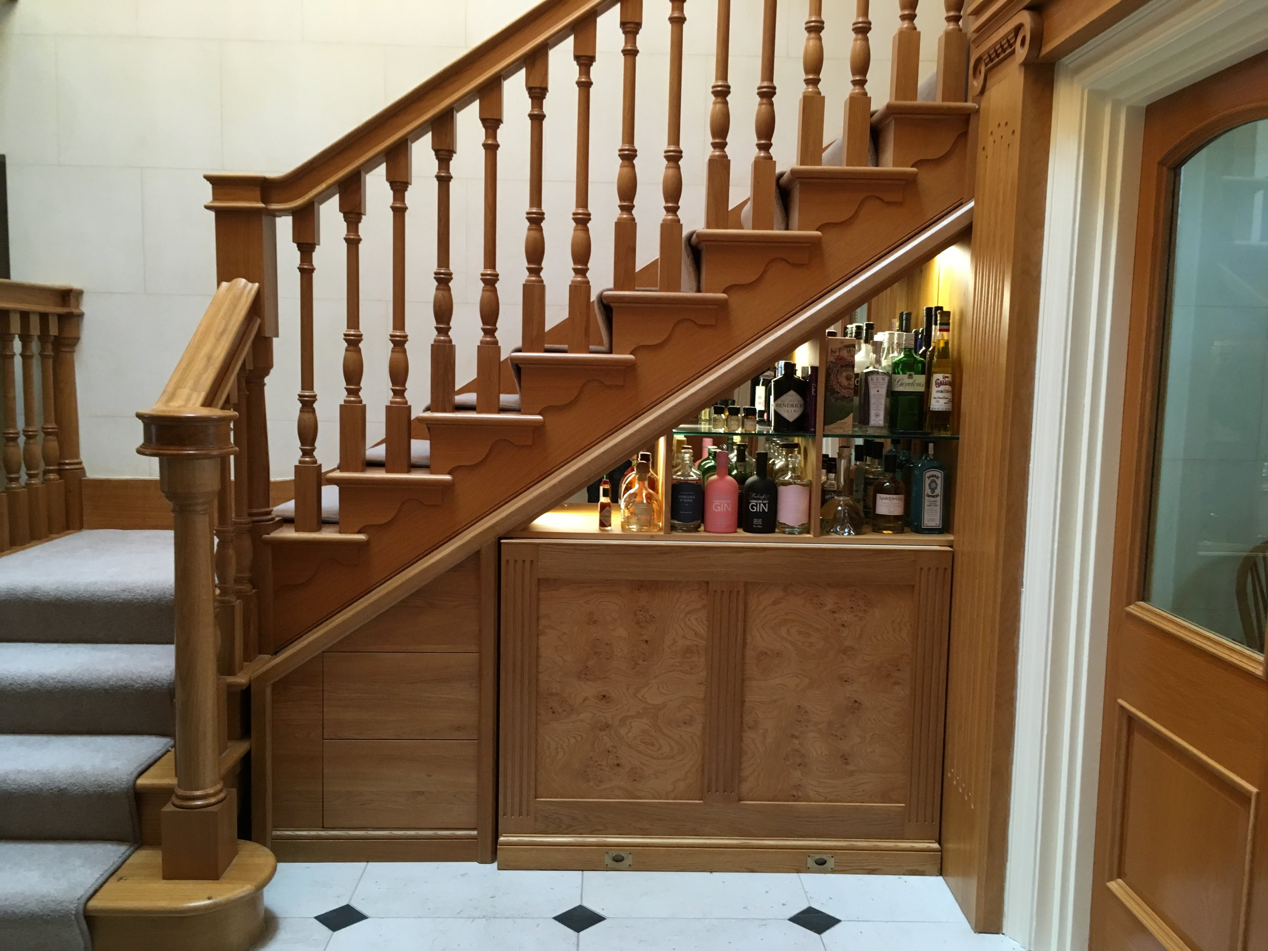 Under stairs Pull out Bar