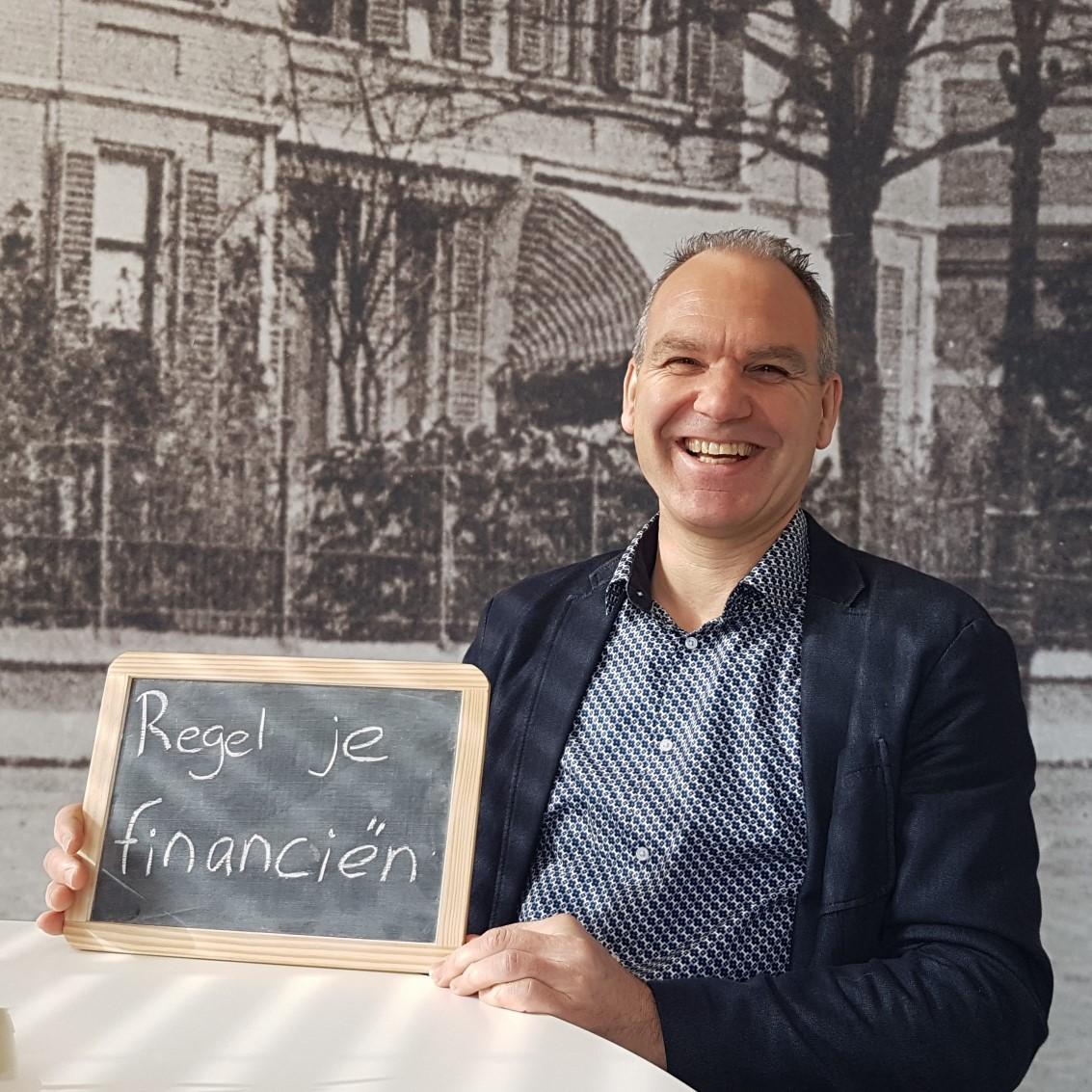 Blog: Waarom een accountant ZinVol is. Op de foto: Ben Hulscher van Visie Belastingadviseurs en Accountants. Copyright: ZinVol - nuchtere ondernemerscoaching.