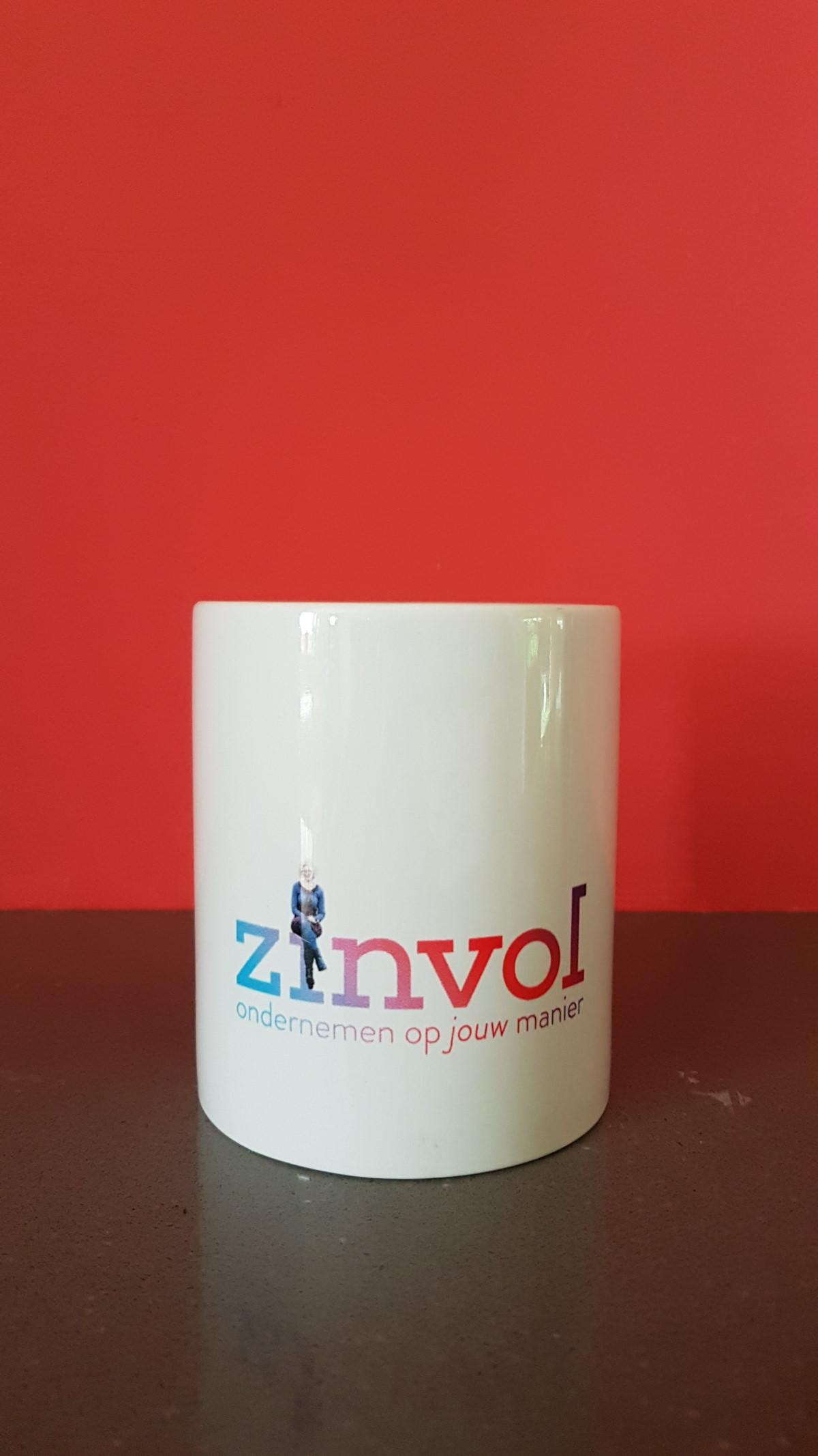 """Foto bij blog """"Wat laat je wel en niet online zien als ondernemer?"""" van ZinVol (ditiszinvol.nl)"""