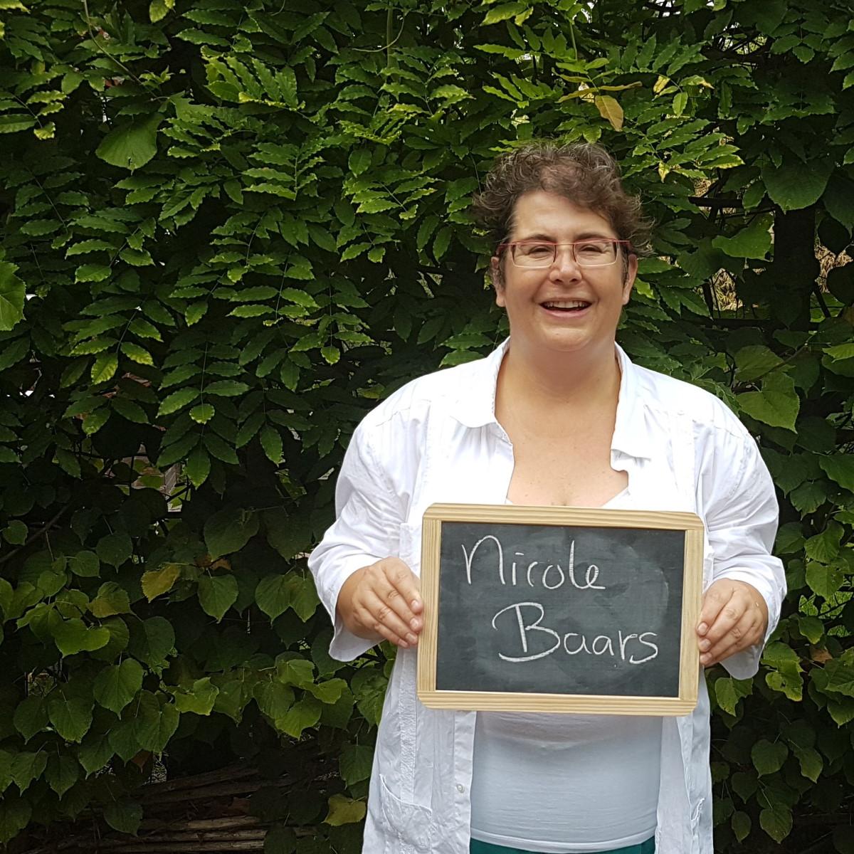 Foto van Nicole Baars bij haar gastblog 'Je innerlijke criticus heeft de ballen verstand van ondernemen'.  Blog op de website van ZinVol.