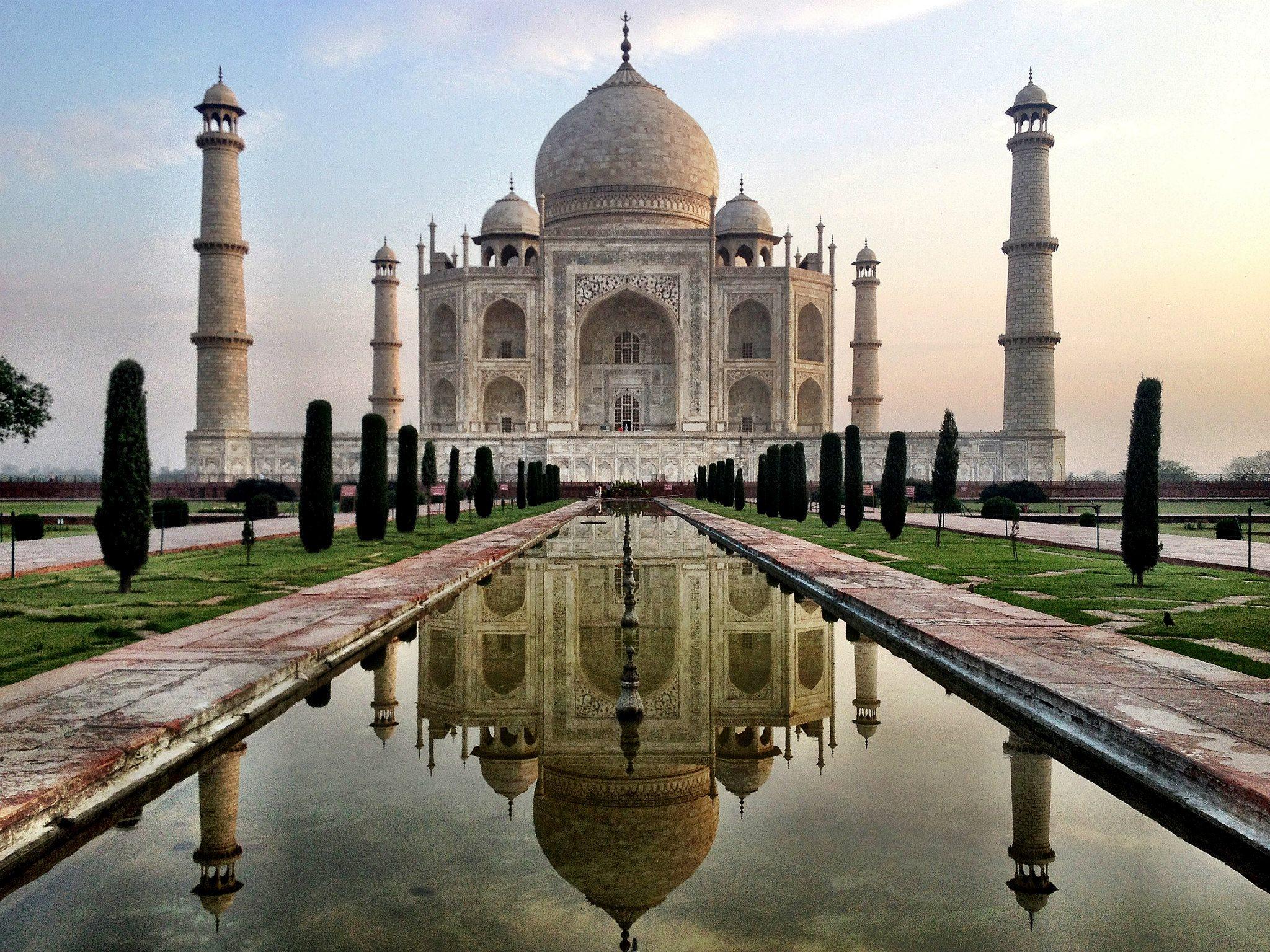 Copyright eBradshaw,com - Taj Mahal.jpg