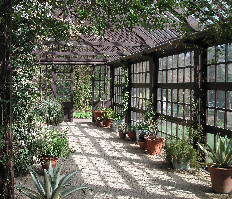 Hidcote_Manor_Garden_06.jpg