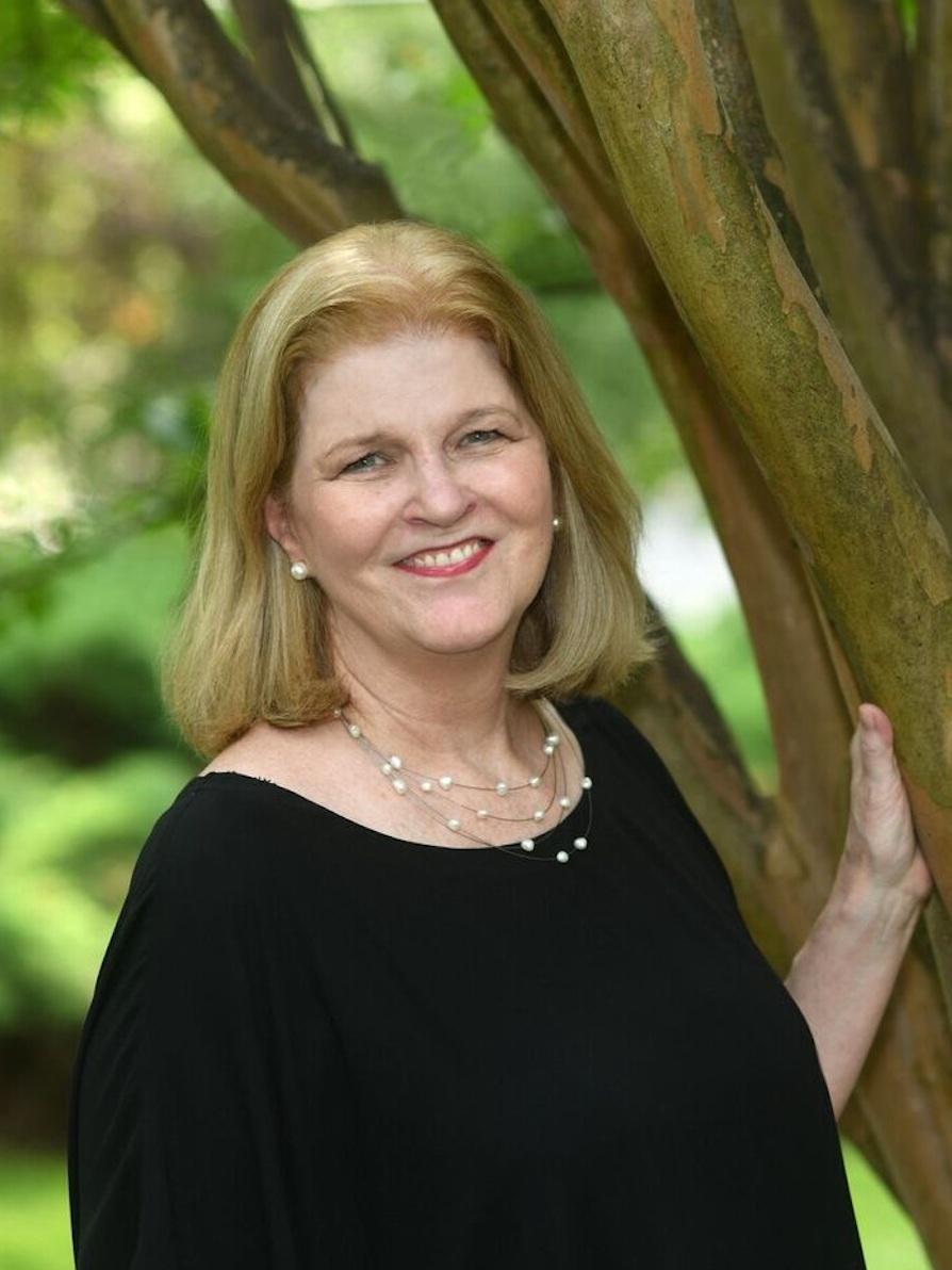 Pam Ryan-Brye - LONG & FOSTER | CHRISTIE'S INTERNATIONAL REAL ESTATE