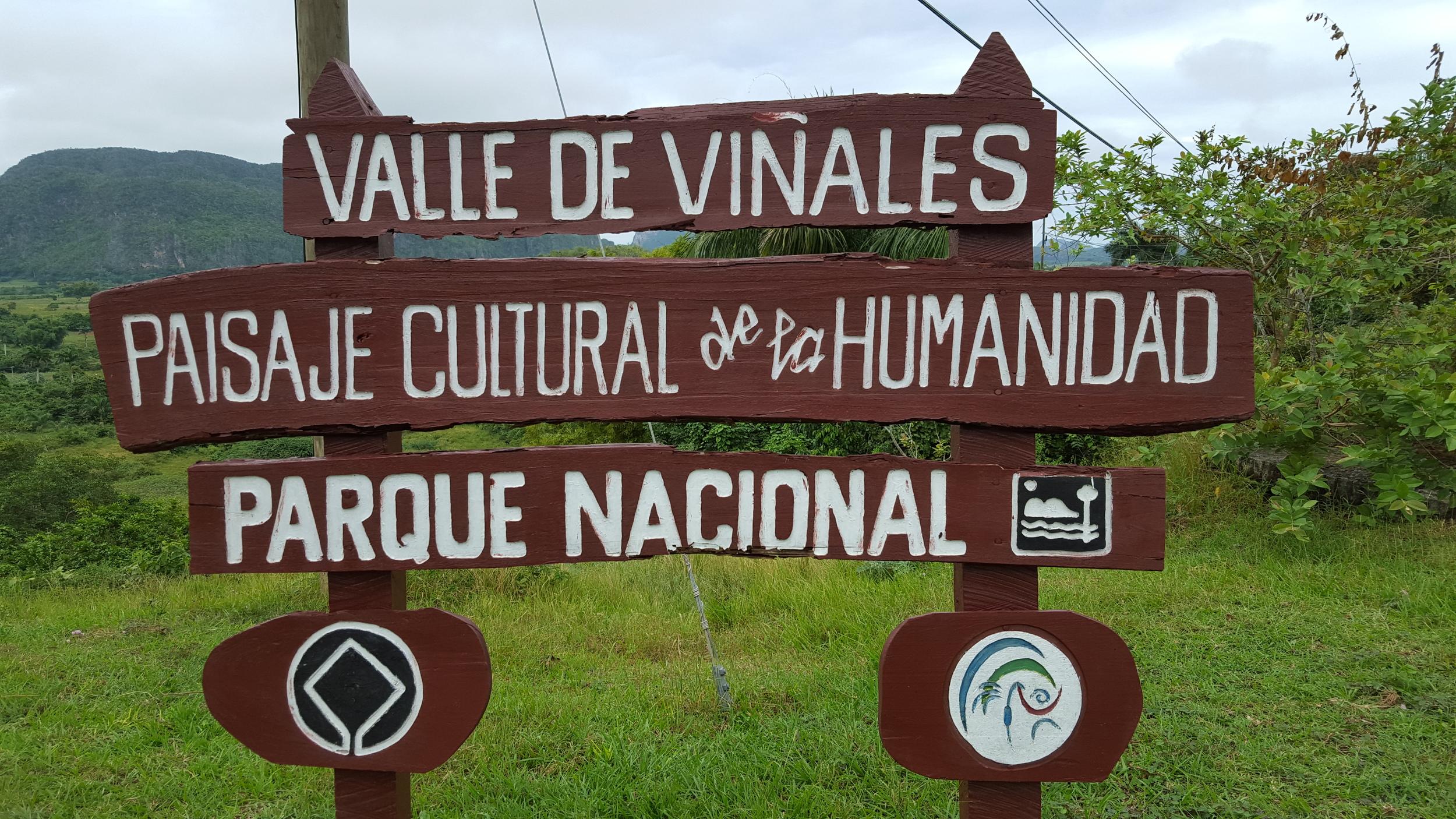 Vinales sign.jpg
