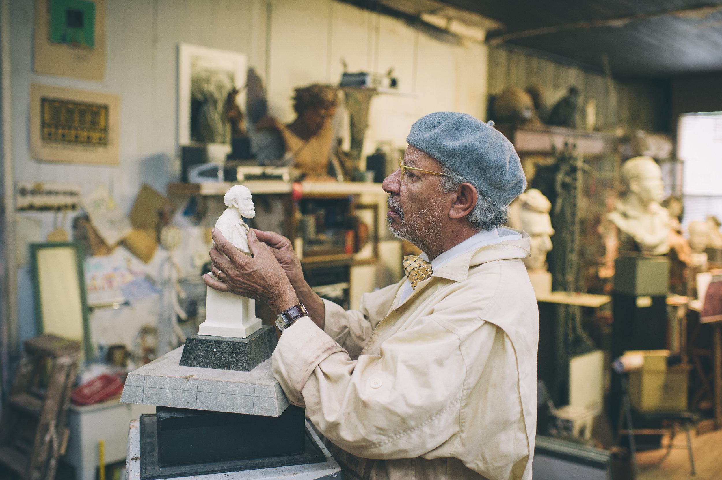 Ed Hamilton at work in his studio. Photo by Sarah Katherine Davis/courtesy of LVA.