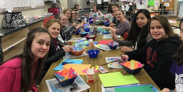 CFAC students in grades 7-8 at Shelby West Middle School learned about the life of Henri Matisse, and then created their own collage bowls in the style of the artist.  Thanks to instructor Traci for leading the way!