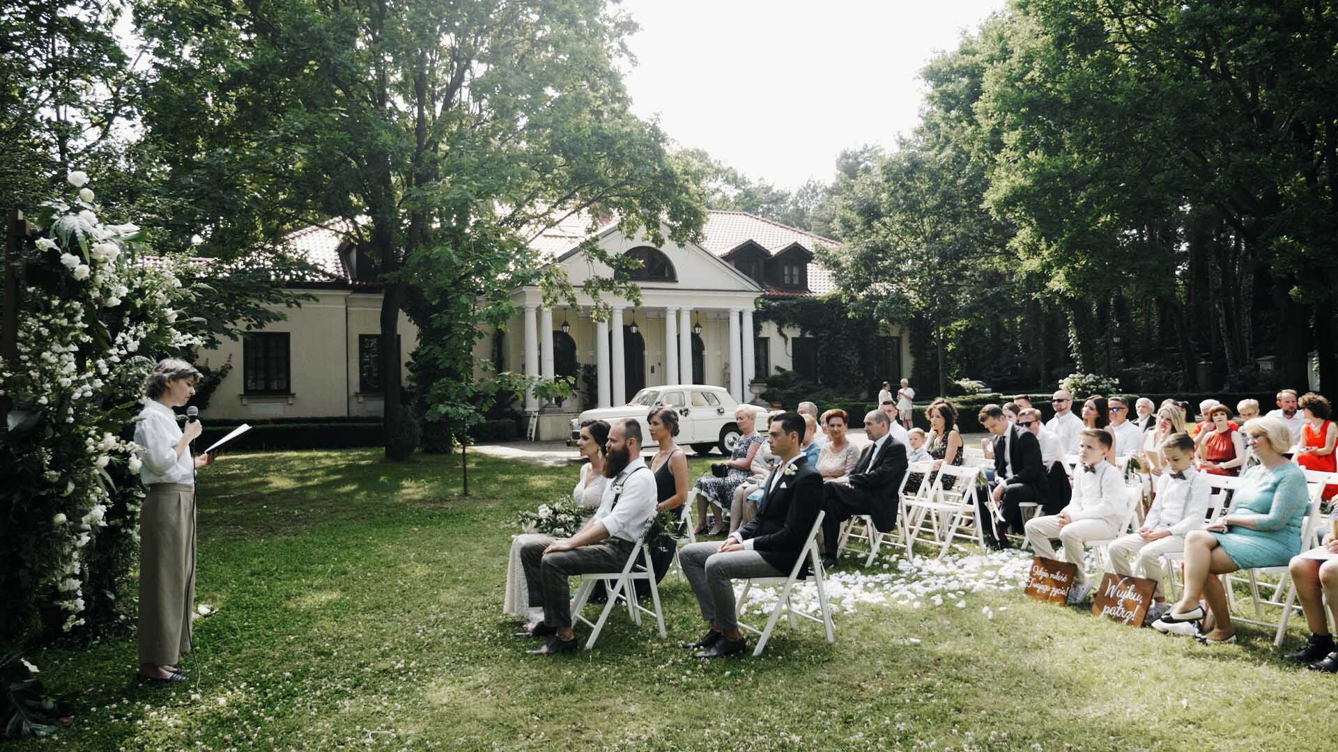 slub-humanistyczny-w-ogrodzie-warszawa-hipster-wedding (11).jpg