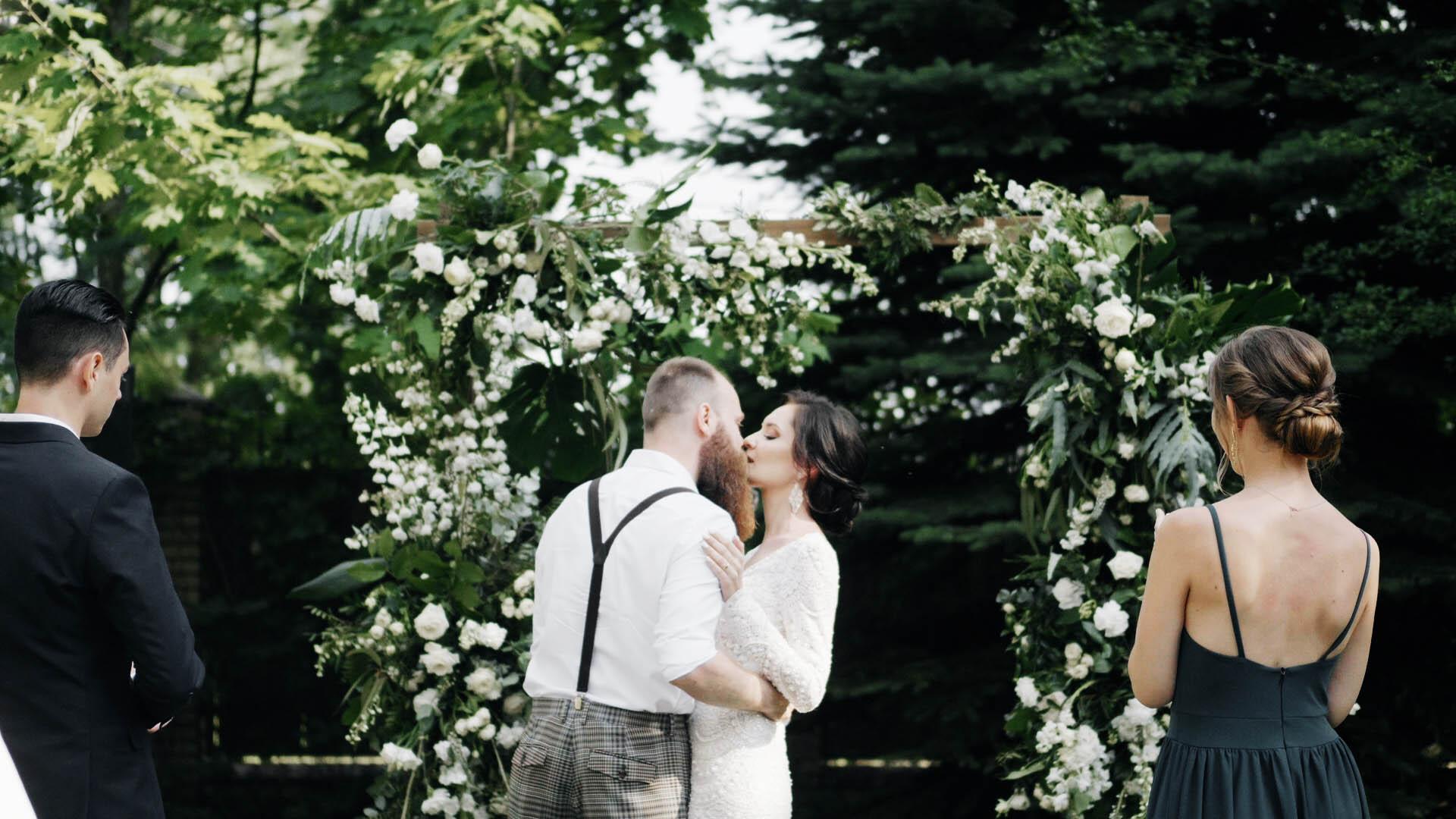 slub-humanistyczny-w-ogrodzie-warszawa-hipster-wedding (12).jpg