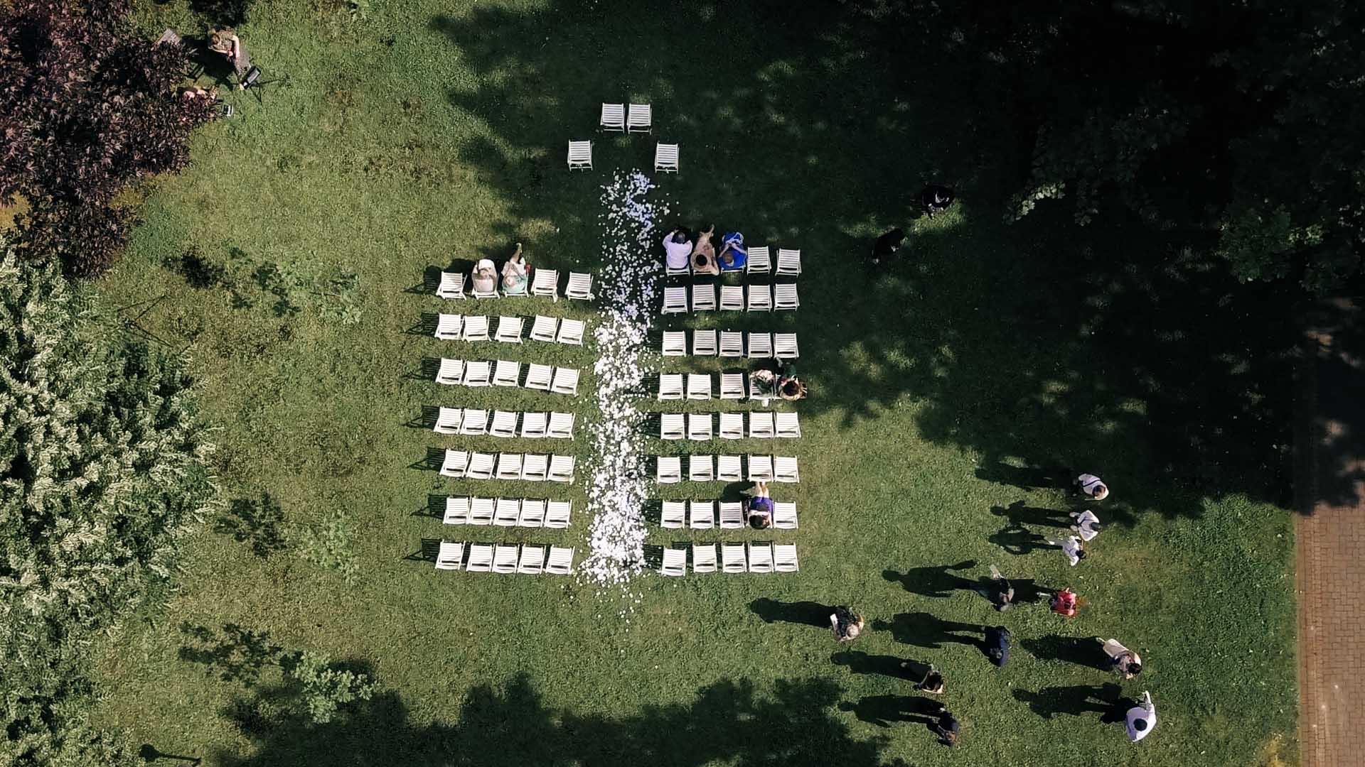 slub-humanistyczny-w-ogrodzie-warszawa-hipster-wedding (15).jpg