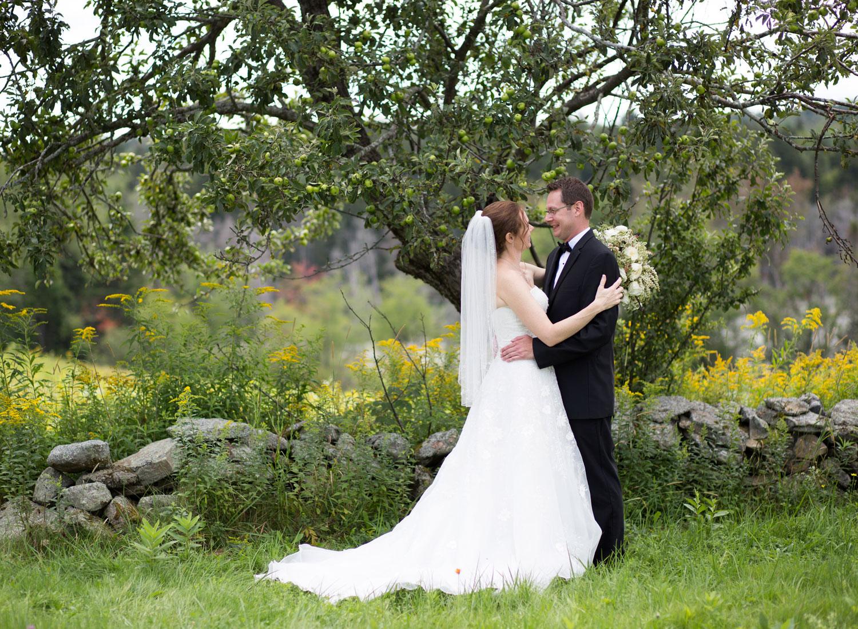web_Sarah-Brian-8-22-15-Bride-Groom-0047.jpg