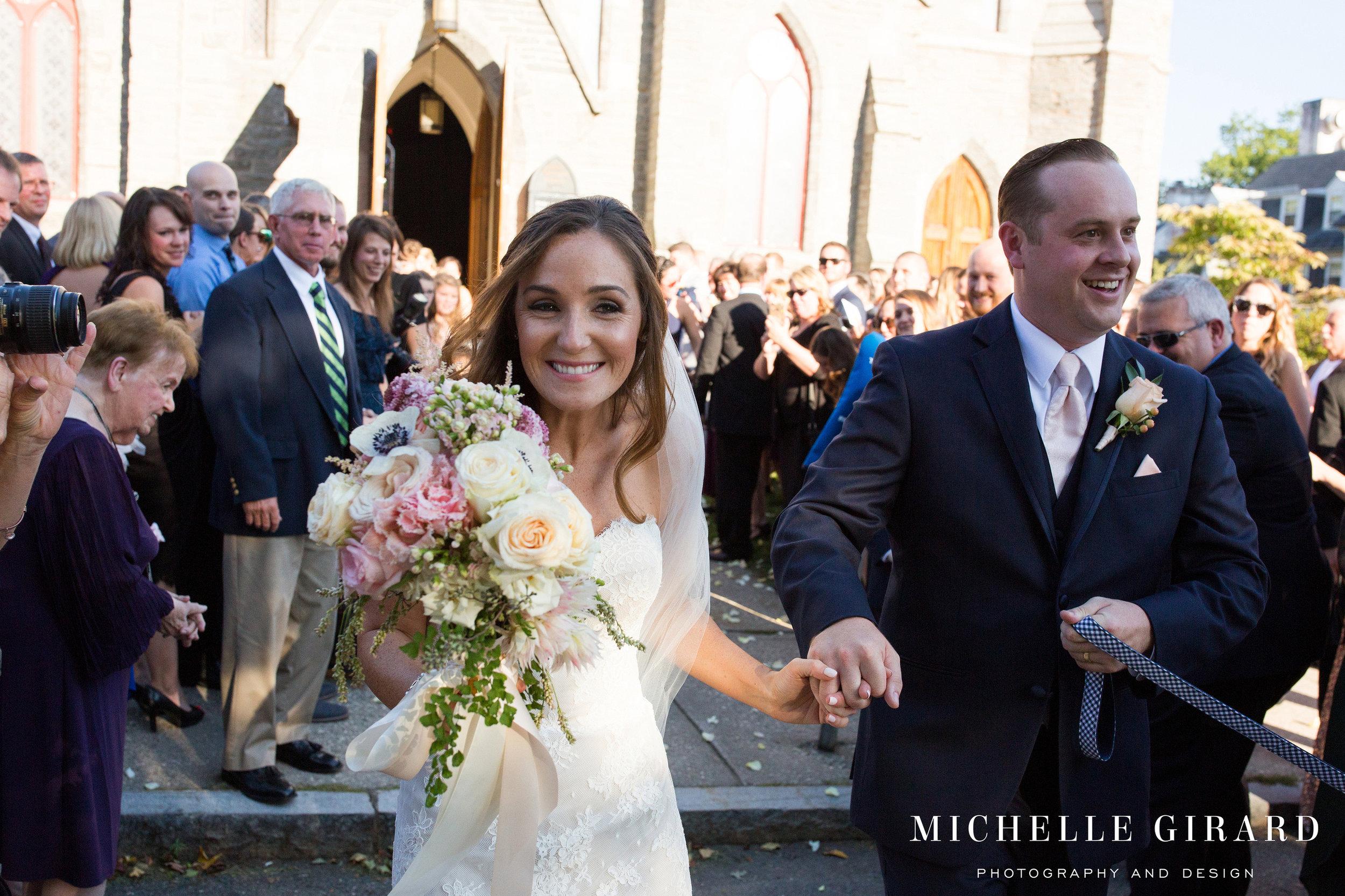 NewEnglandInnWedding_AmherstMassachusetts_MichelleGirardPhotography137-(ZF-3656-57917-1-016).jpg