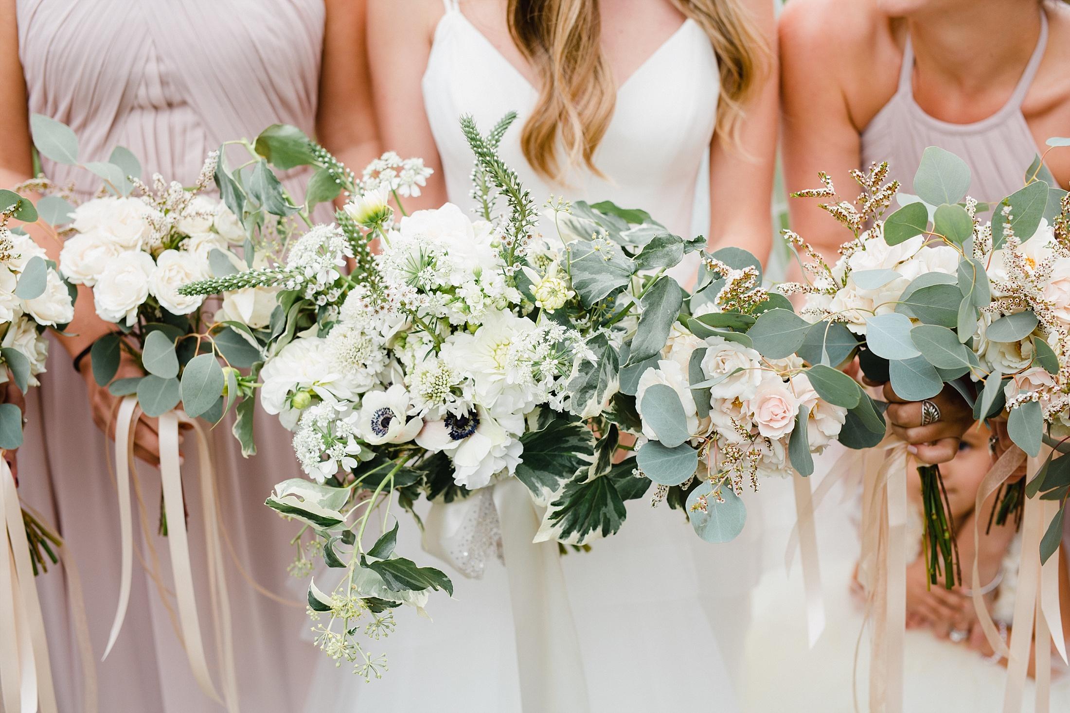 TiffanyJoyce-BloomMeadows-StephDylan-106_WEB.jpg