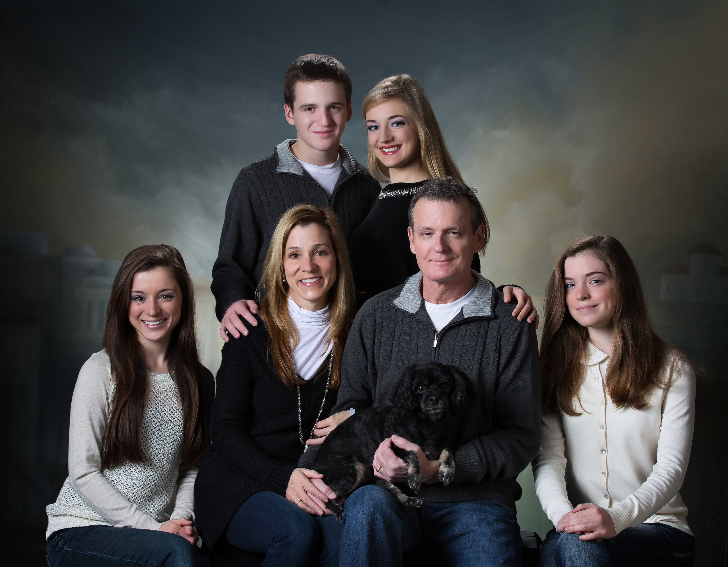 studio family portrait Kentucky.jpg