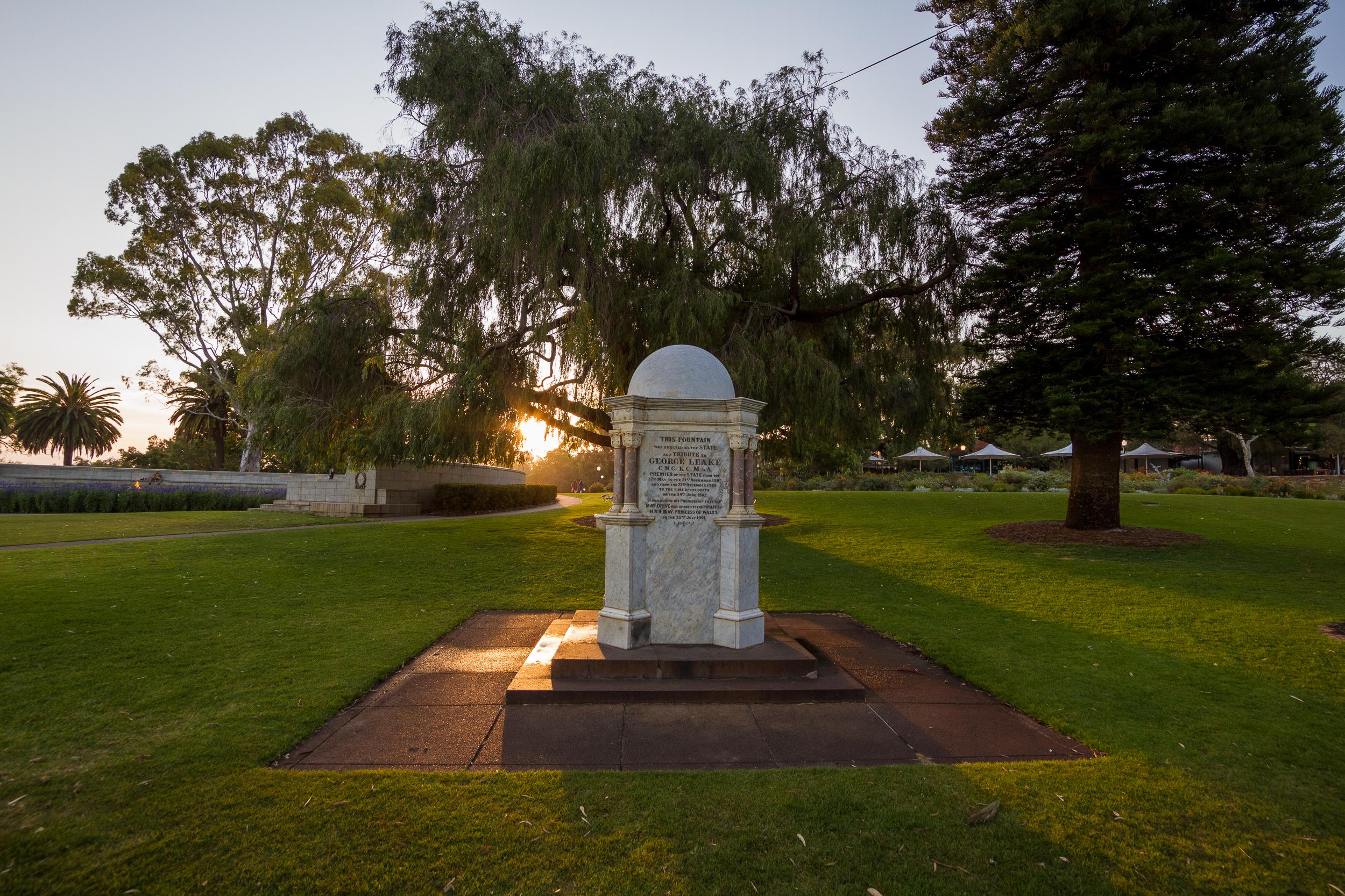 50 mm-20151122-122813-Perth Kings Park.jpg
