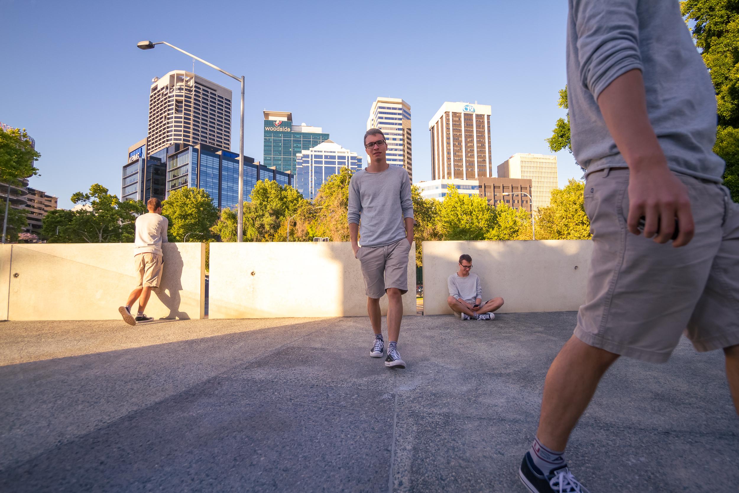 50 mm-20151125-180637-Perth Walkaround Art Selfie-Bearbeitet.jpg