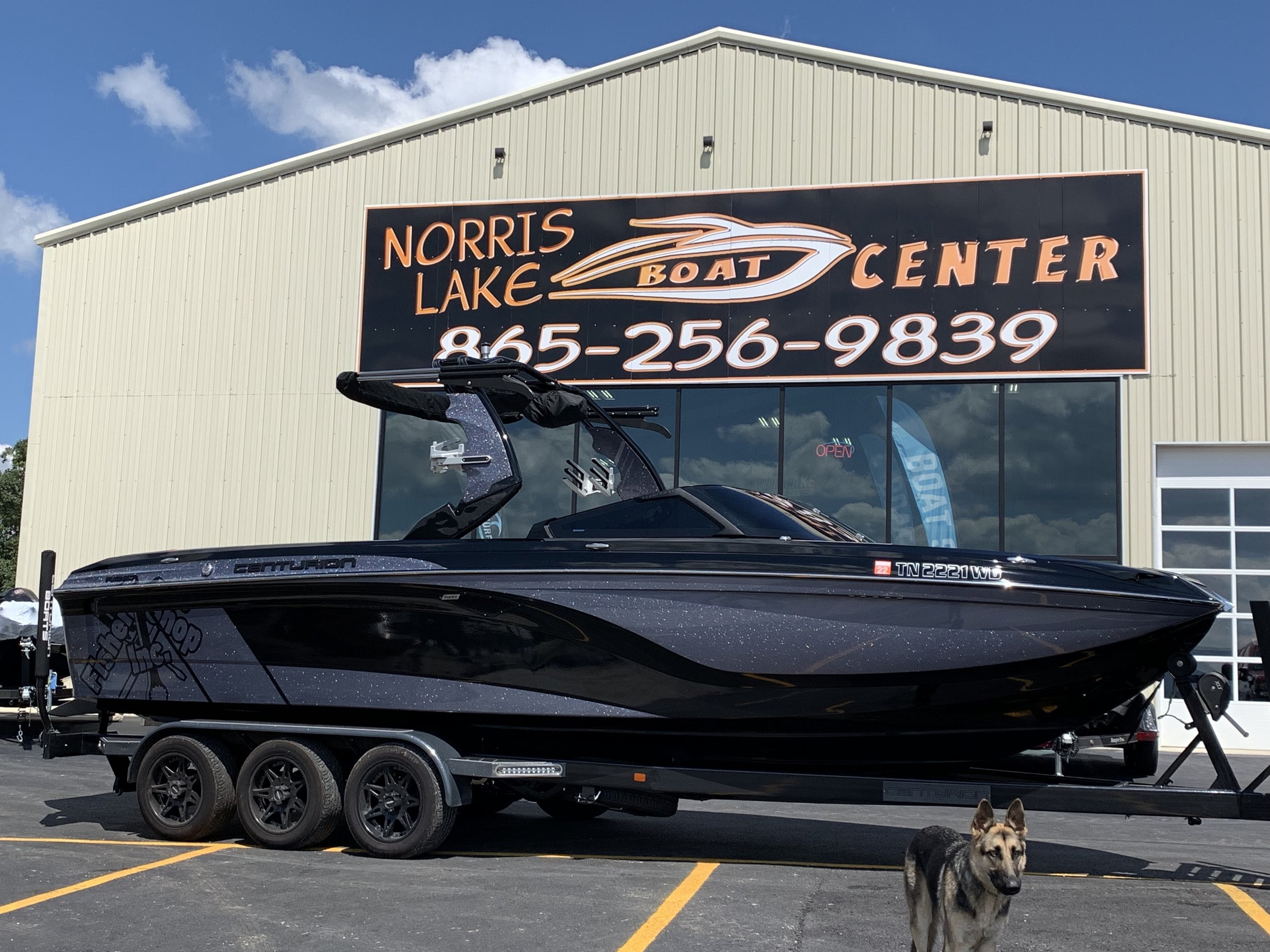2018 Centurion 257 - This is a gorgeous 2018 Centurion 257 with a 6.2 engine, 450 hp, XL Bimini, Downfire speakers, ice breaker package, table, fully loaded! Call us for the price.