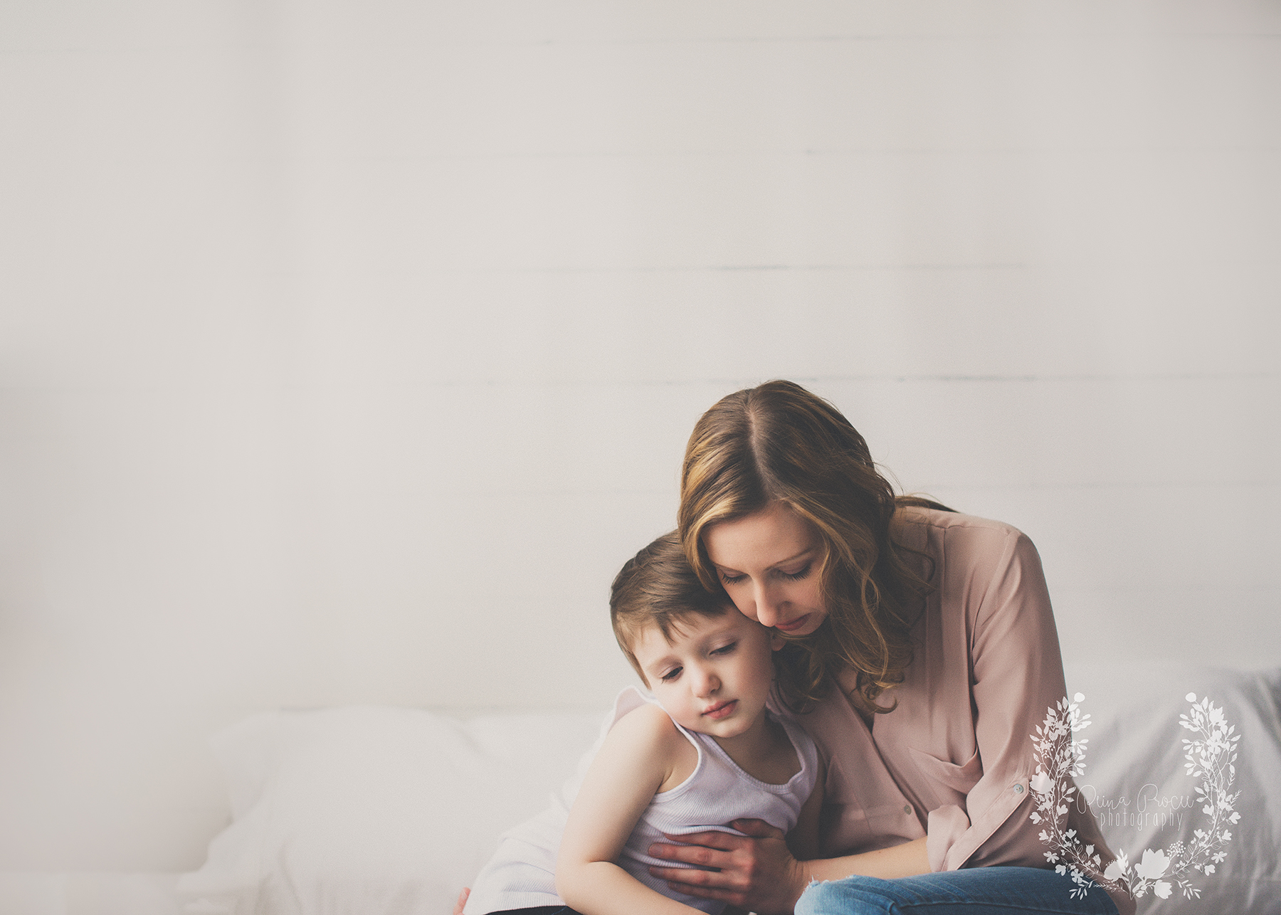 mother-child-love-family-portraits-montreal-photographer03.png