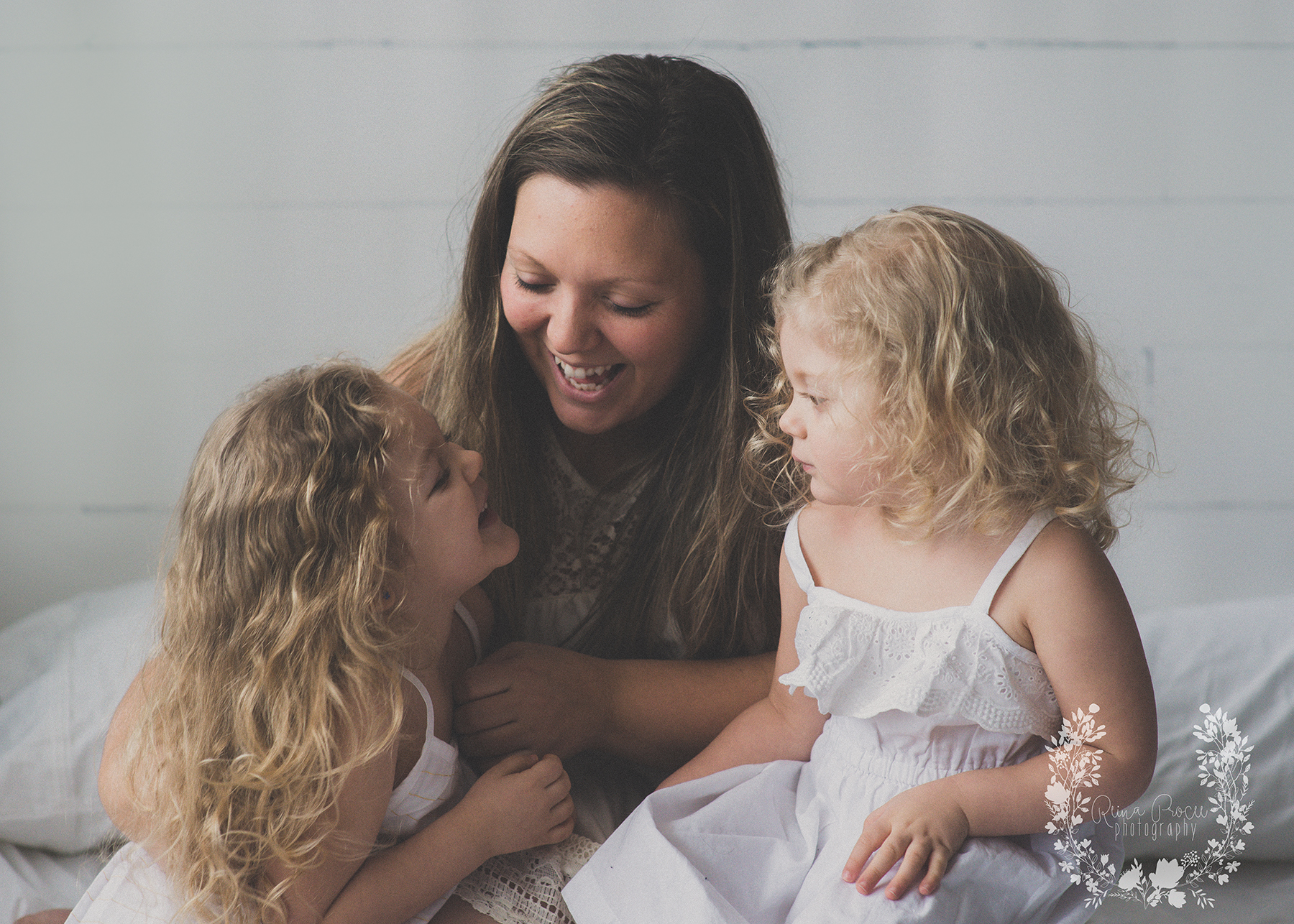 mother-child-love-family-portraits-montreal-photographer08.png