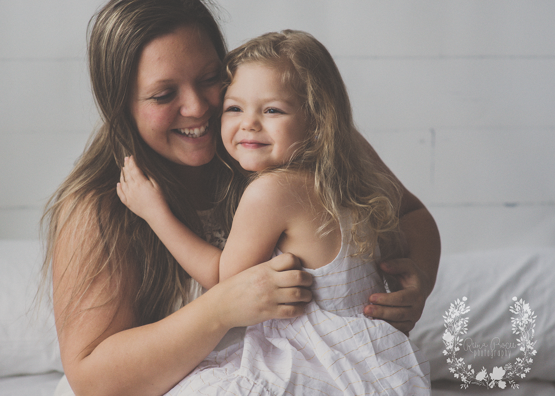 mother-child-love-family-portraits-montreal-photographer14.png