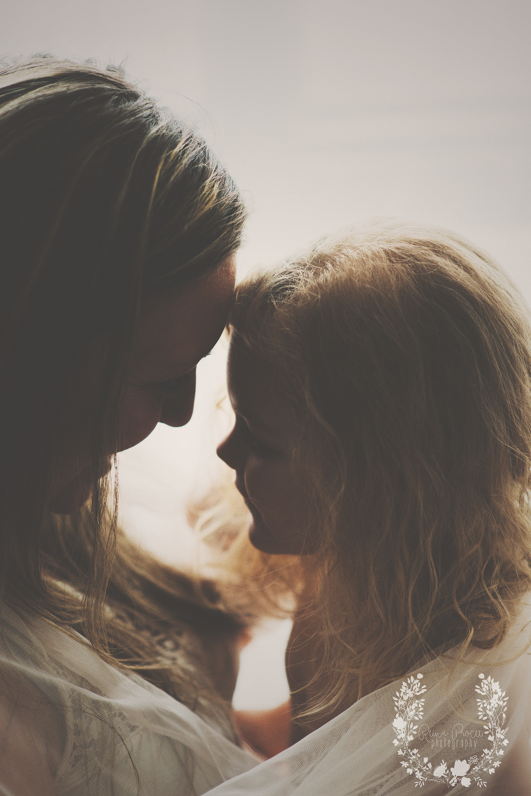 mother-child-love-family-portraits-montreal-photographer30.png