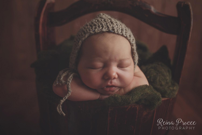 012-montreal-newborn-photographer-beautiful-baby-photos.jpg