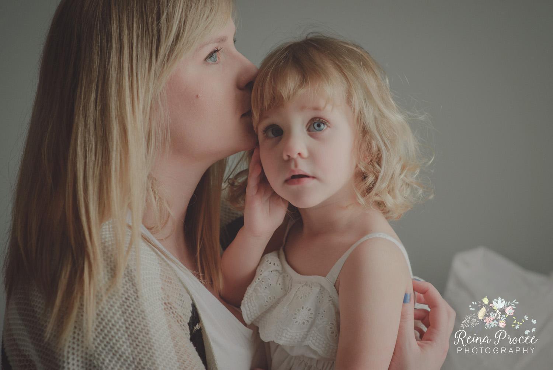 007-mama-love-photographer-montreal-family-best-photos-portraits.jpg
