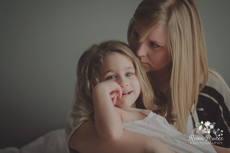 027-mama-love-photographer-montreal-family-best-photos-portraits.jpg
