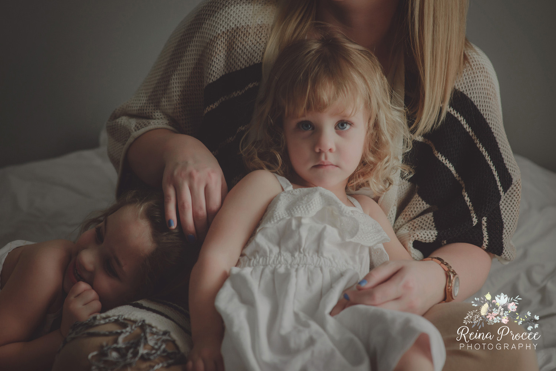 026-mama-love-photographer-montreal-family-best-photos-portraits.jpg