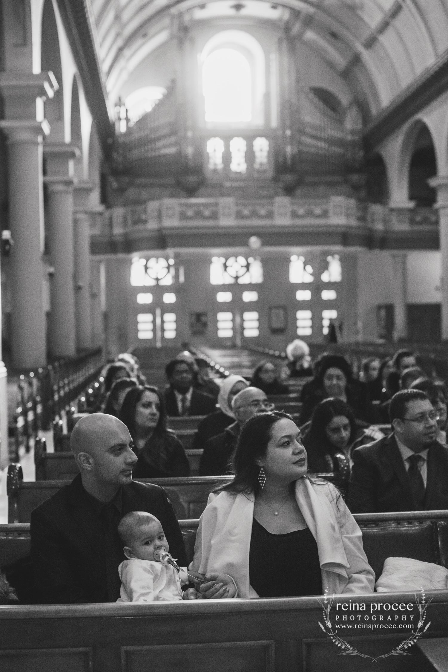 035-baptism-photographer-montreal-family-best-photos-portraits.jpg