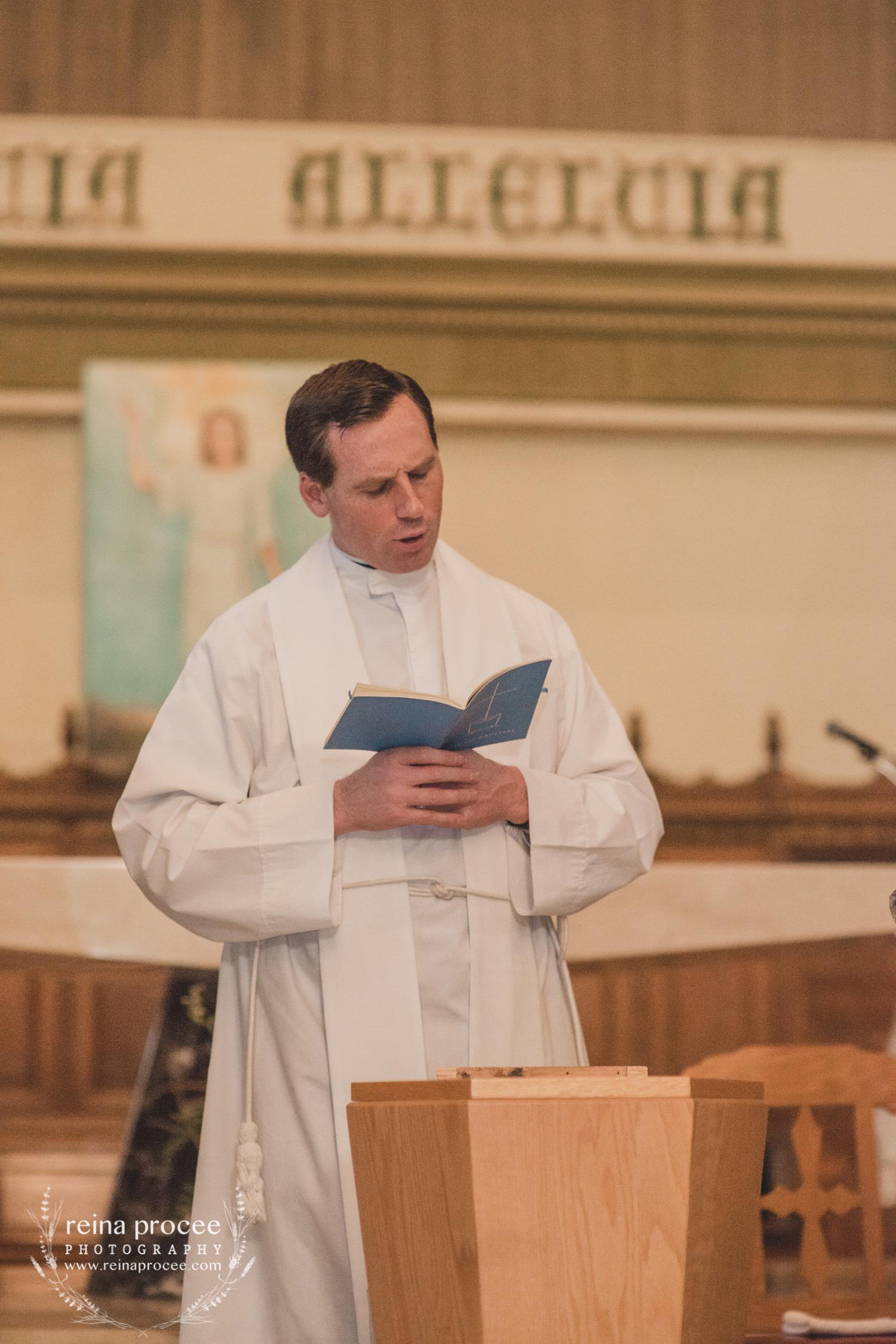 038-baptism-photographer-montreal-family-best-photos-portraits.jpg