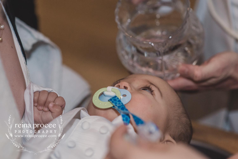 042-baptism-photographer-montreal-family-best-photos-portraits.jpg
