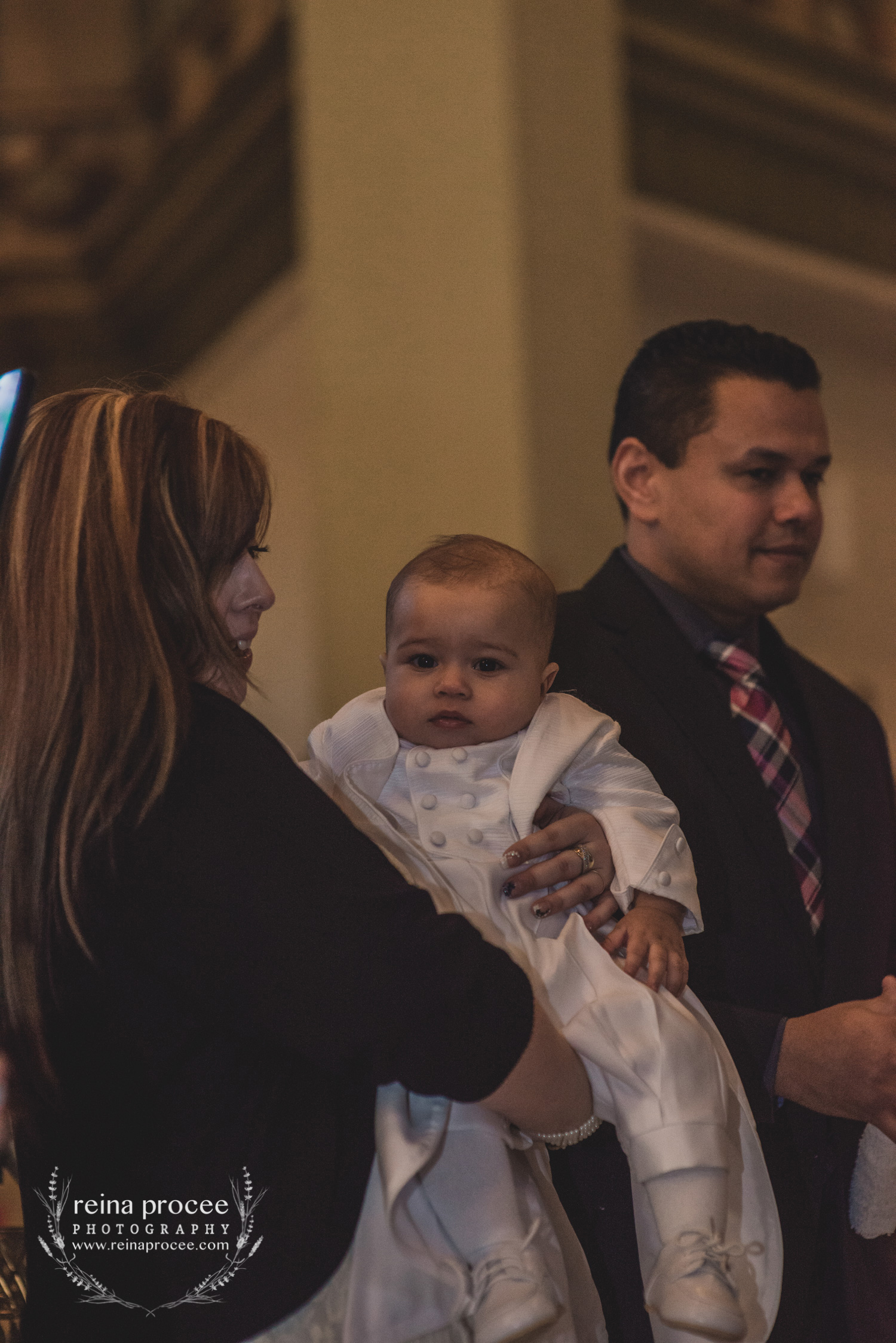 045-baptism-photographer-montreal-family-best-photos-portraits.jpg