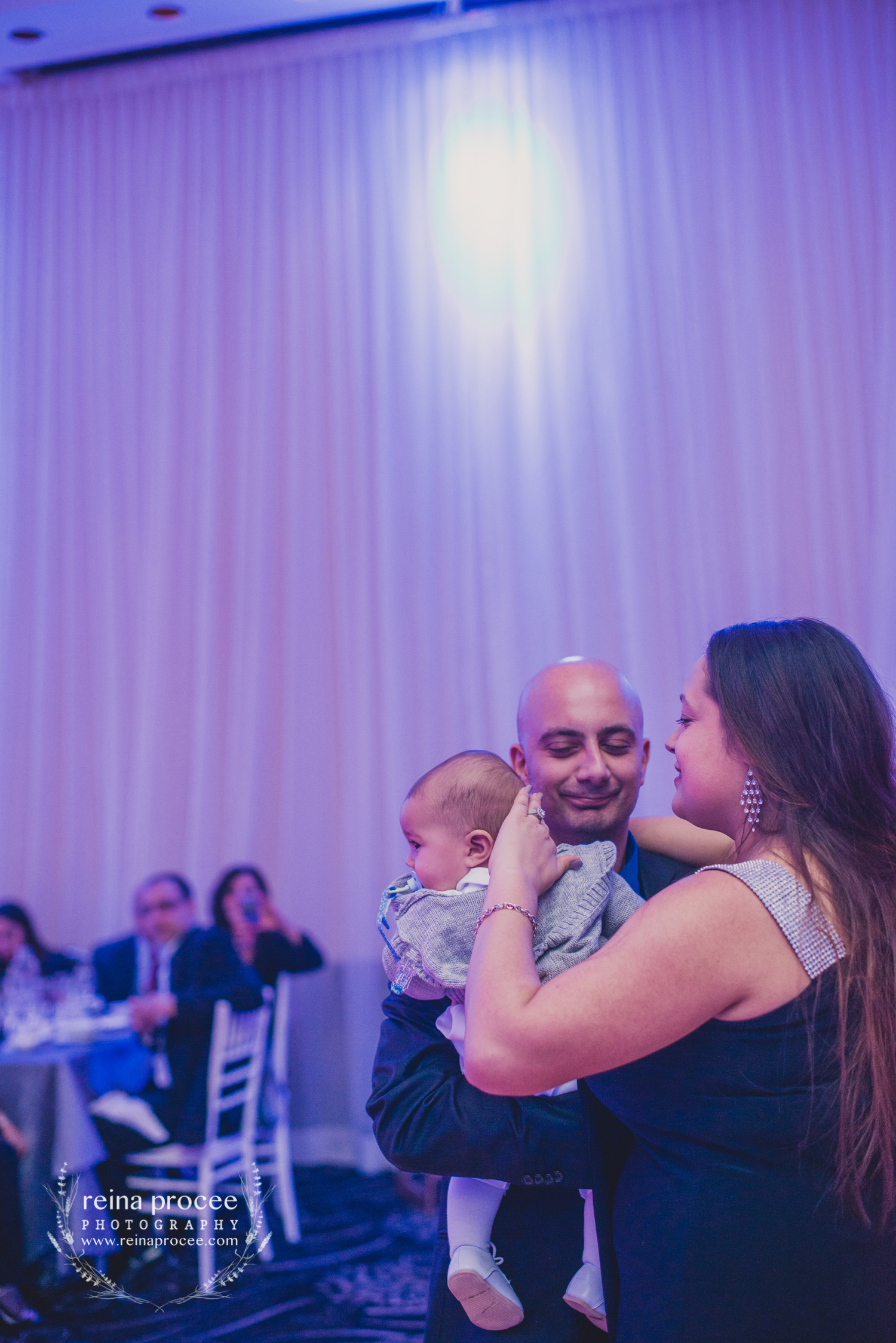 055-baptism-photographer-montreal-family-best-photos-portraits.jpg