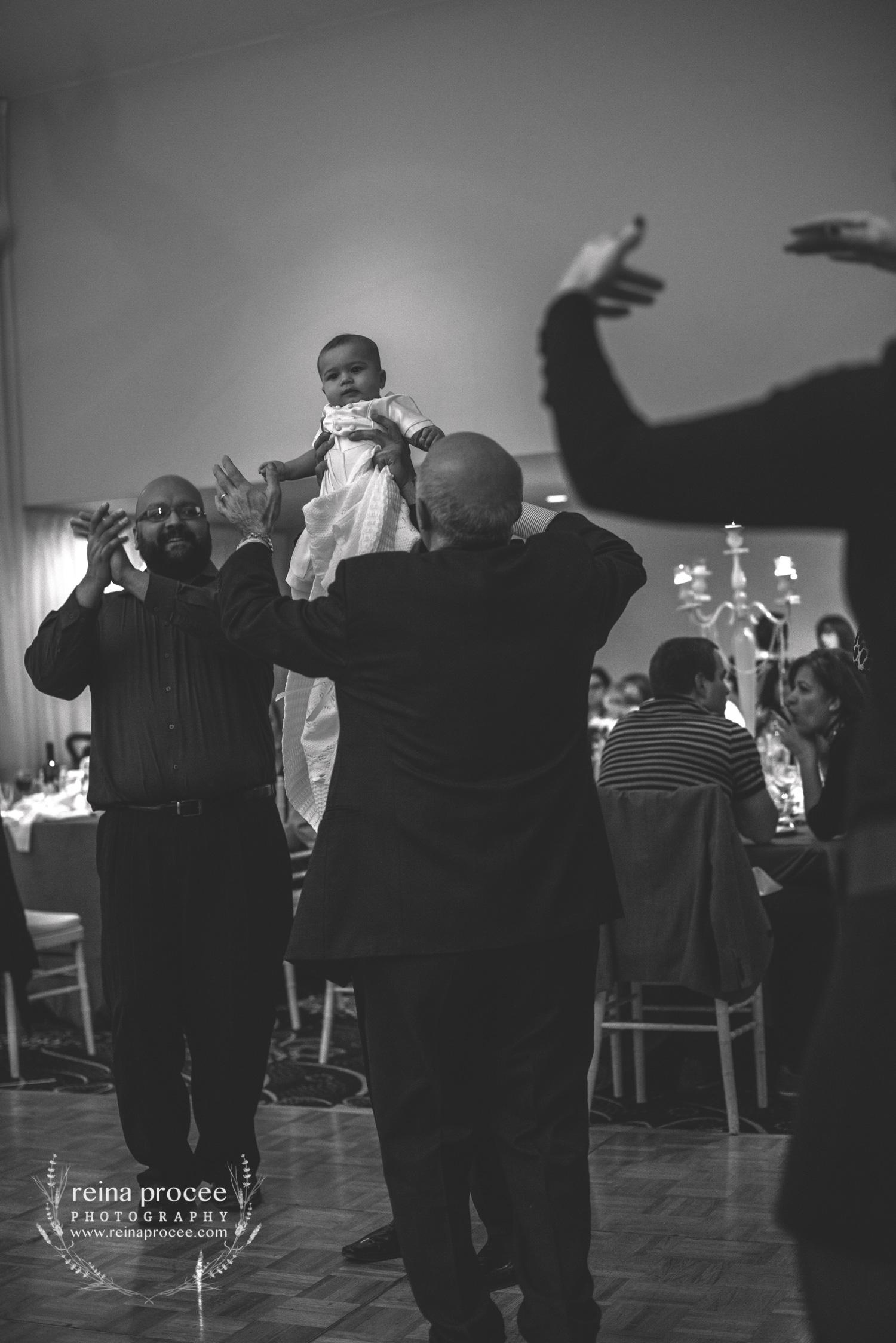 071-baptism-photographer-montreal-family-best-photos-portraits.jpg