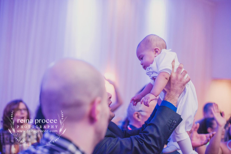 074-baptism-photographer-montreal-family-best-photos-portraits.jpg