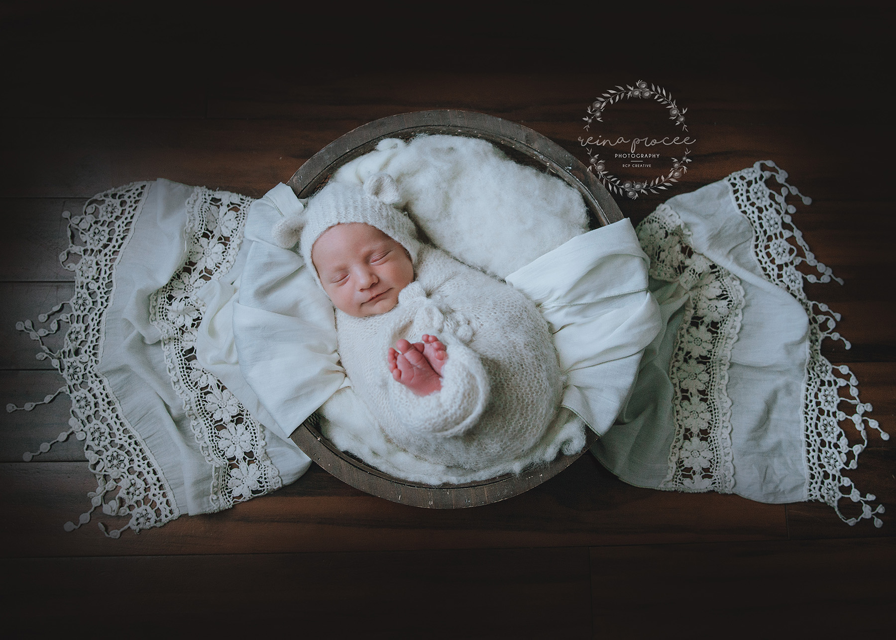 Newborn-Photo-Session-Montreal-15.jpg