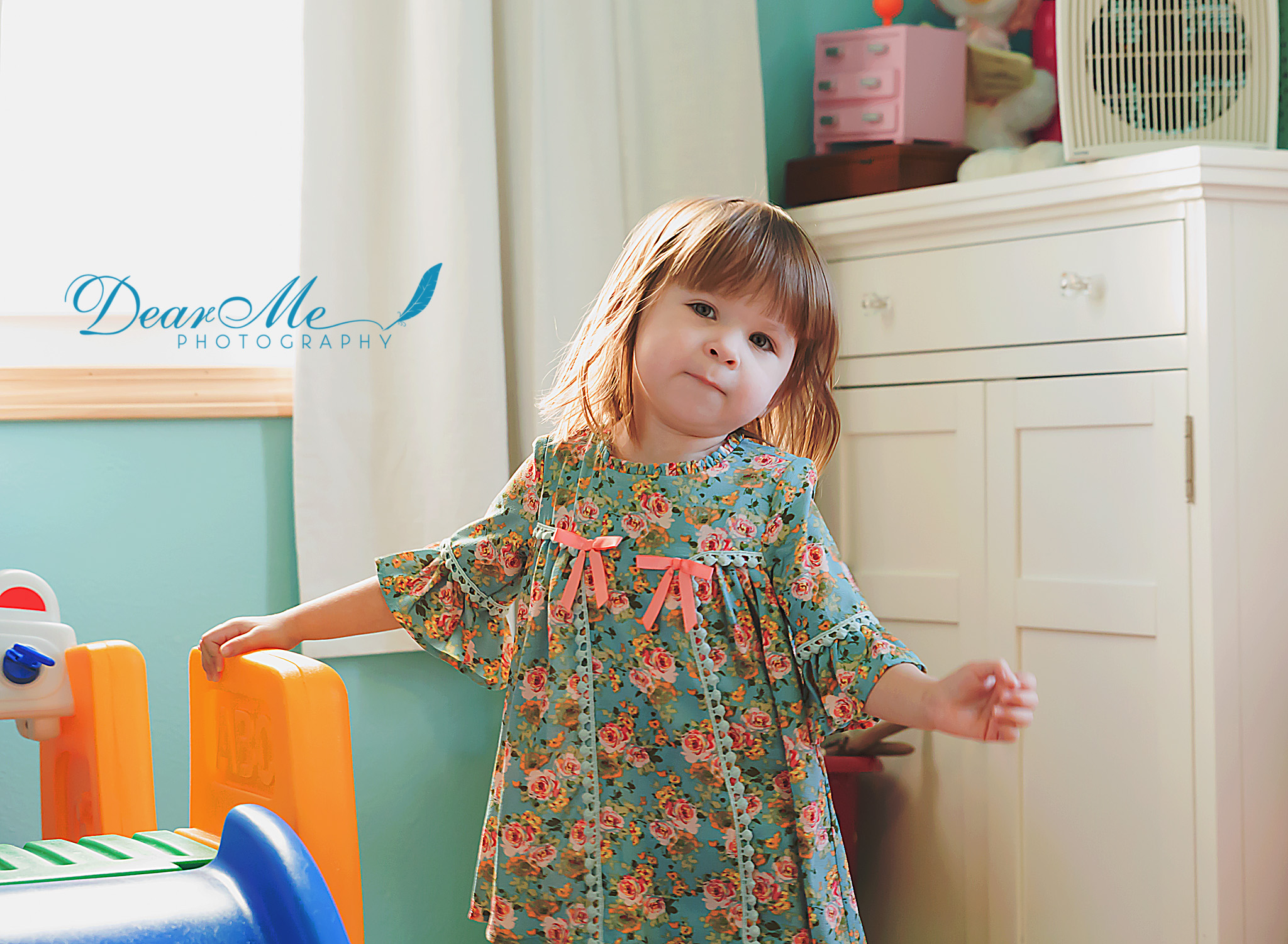 dear me photography mandan faces of autism little girl in bedroom
