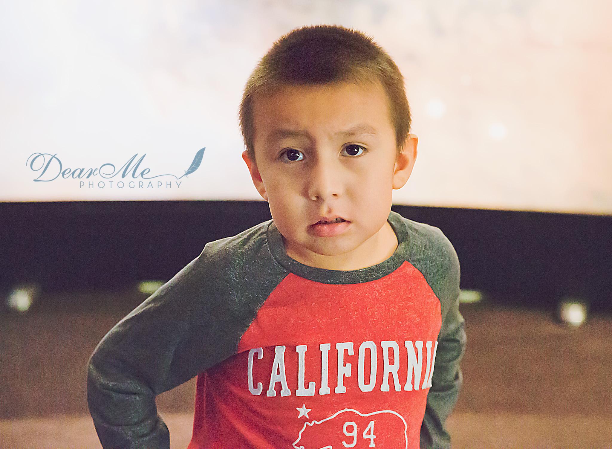 dear me photography bismarck photographer boy in california shirt
