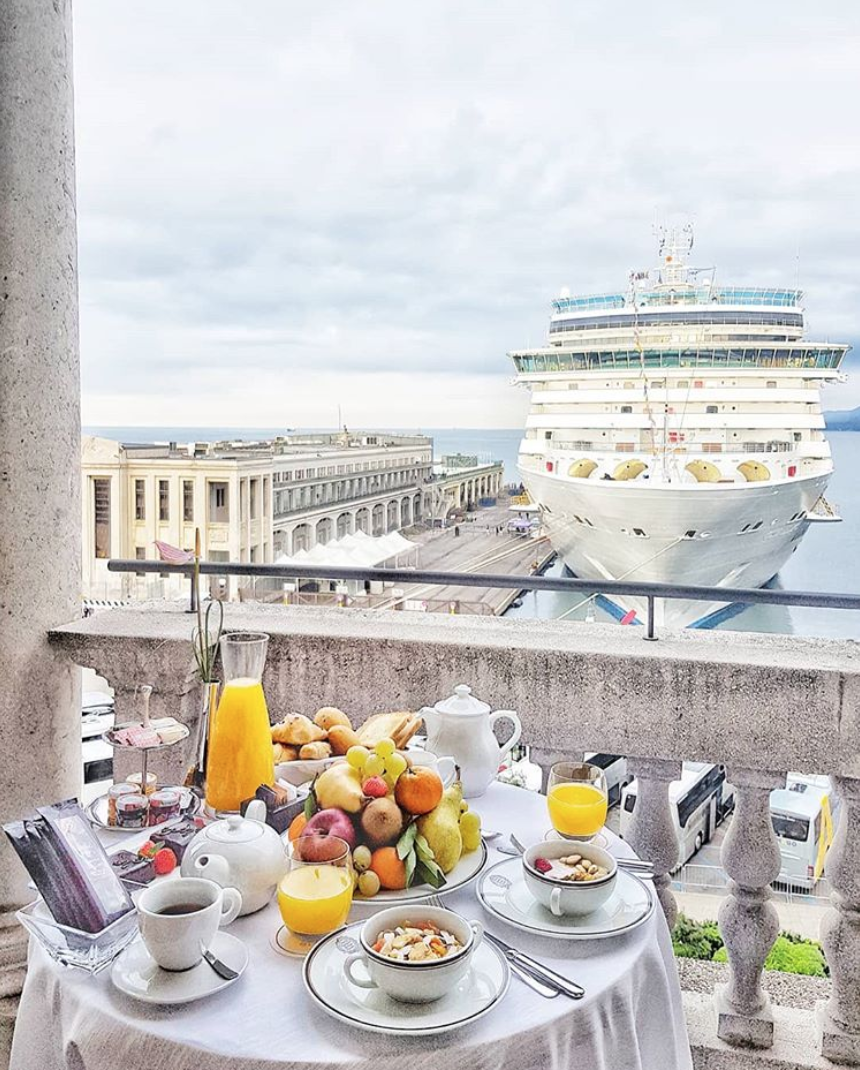 breakfast savoia excelsior palace