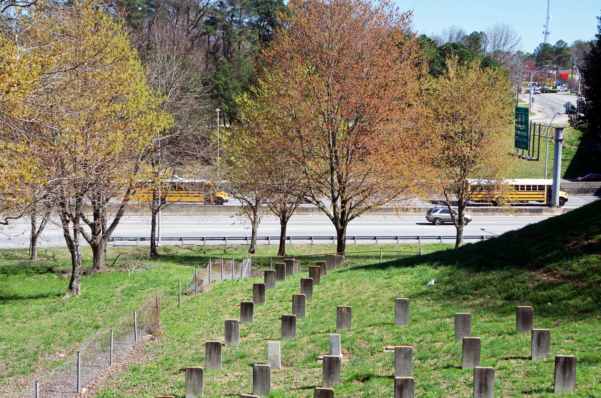 """Gilbert Cemetery at I-75 South and Cleveland Avenue, Atlanta, GA. Over 1000 Souls 33.6816 -84.3997"""