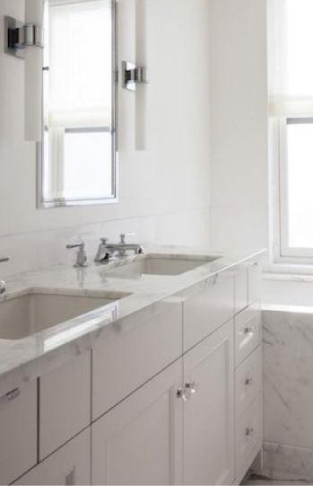 WD-01-C WOOD CABINETRY BELLMONT/1900 SERIES - HIGHLAND WHITE ON MDF BATHROOMS