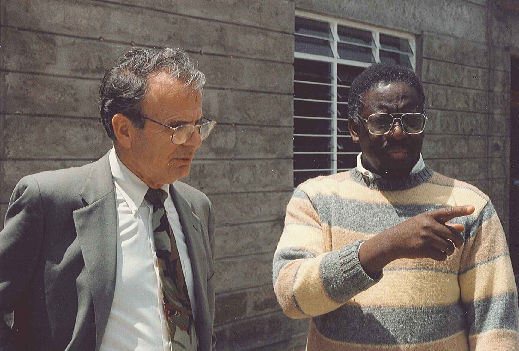 Dr. Ray Hostetter and Stephen Talitwala, the first Vice Chancellor of Daystar University, 1993