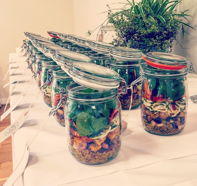 Energy-boosting lunchtime salad jars