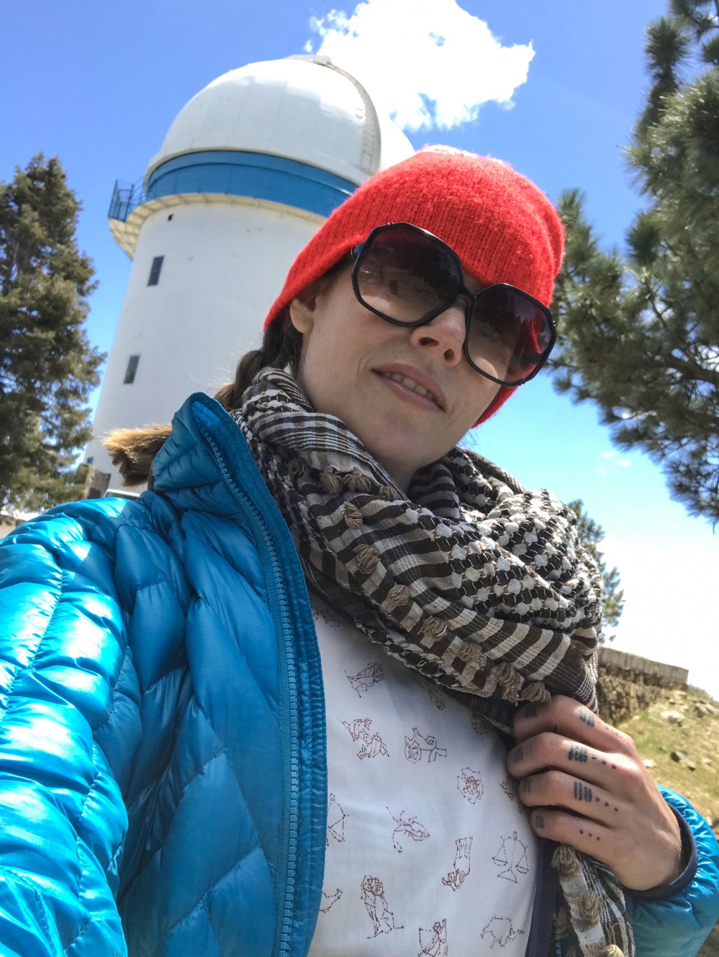 Selfie with my new friend, Senorita Telescope, and my new kickass shirt!