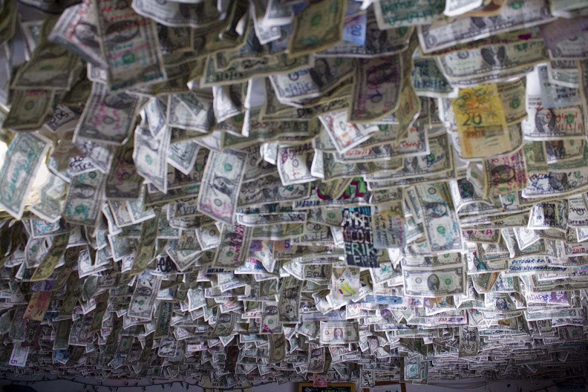 Et dollar 2 websize.jpg