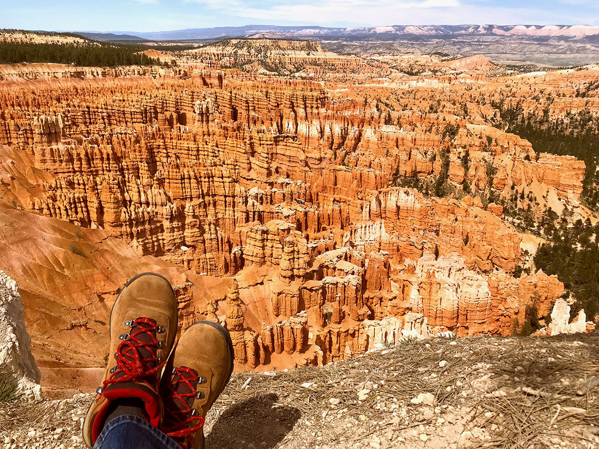 Sitting on the edge looking out onto the magnificent hoodoo at Bryce Canyon.