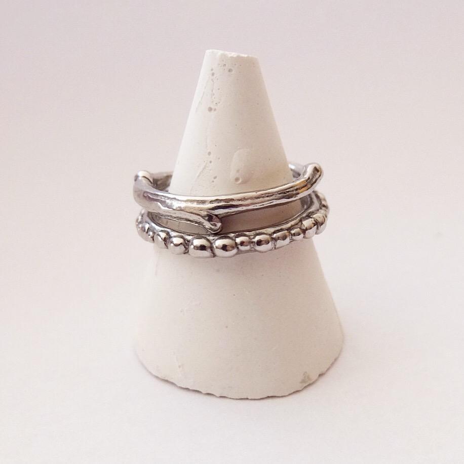 contemporary alternative wedding bands platinum contemporary jewellery twig wedding ring organic made in uk devon exeter jasmine bowden.jpg
