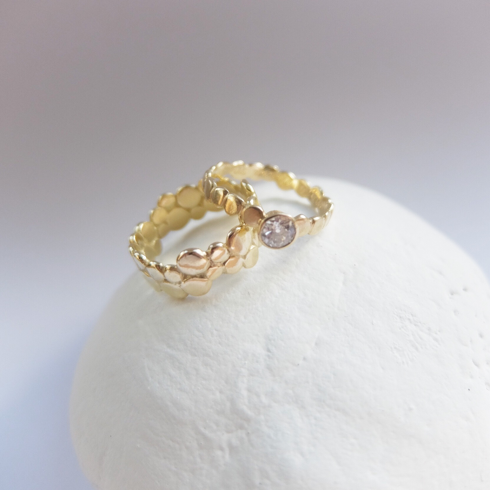 alternative wedding and engagement rings handmade uk jasmine bowden diamond pebble band organic modern 18ct gold craft designer jasmine bowden uk exeter devon cornwall .jpg